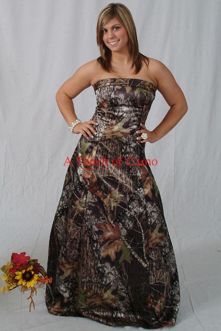 Camo dress delmarva hunters for Wedding dresses camouflage pink